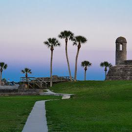 Fort Castillo de San Marcos by Jan Herren - City,  Street & Park  Vistas ( path, nature, landscape,  )