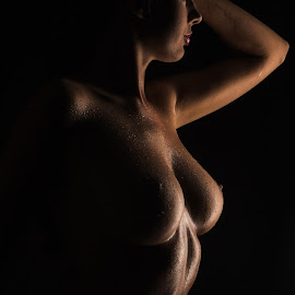 Seeing the light by Tatjana GR0B - Nudes & Boudoir Artistic Nude