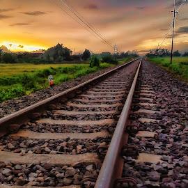 Rel Senja 2 by Randi Pratama M - Instagram & Mobile Android ( railway, indonesia, sunset, railroad, rail )