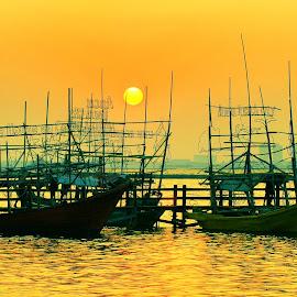 Pantai Ancol Jakarta by Syafarul St - Transportation Boats (  )