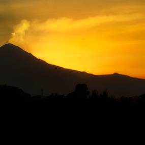 Popocatepetl at sunset by Cristobal Garciaferro Rubio - Landscapes Mountains & Hills