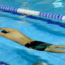 by X M - Sports & Fitness Swimming