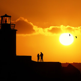 Light House by Shameer Kamarudheen - Landscapes Sunsets & Sunrises ( sunset, shadow, light house, couples )