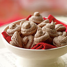Chocolate-Hazelnut Meringue Kisses