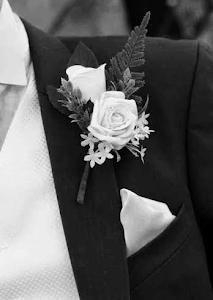 grooms buttonholes