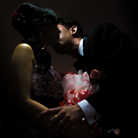Kiss of Love by WengWah Wayne - Wedding Bride & Groom ( love, kiss, happy, wedding, bride, people, groom )