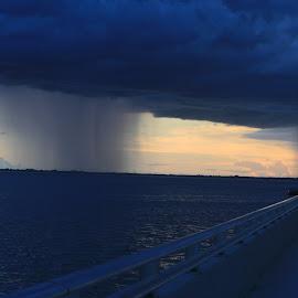 rain a coming by Eric Rainbeau - Landscapes Weather