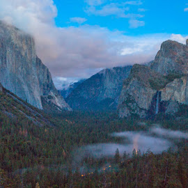 Yosemite Valley - early night by Richard Duerksen - Landscapes Mountains & Hills ( late evening, national park, sunset clouds, yosemite valley, yosemite, night, nightscape )