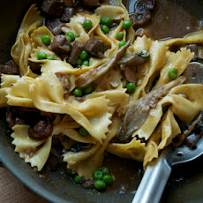 Farfalle with Steak and Peas