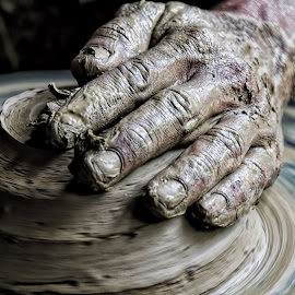 More clay pot creation (Sri Lanka) by Nish Veer - Artistic Objects Other Objects ( clay, sri lanka, pot )