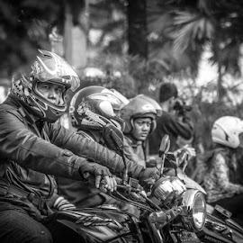 Safety by Rino Gautama - People Street & Candids