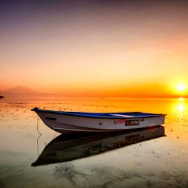 Silence Morning by Shenz Senichi Kunisada - Transportation Boats