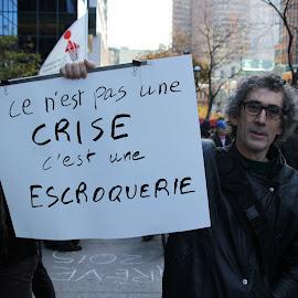 This is not a crisis, it's a scamCe n'est pas une crise, c'est une escroquerie by Simon Lussier - News & Events Politics