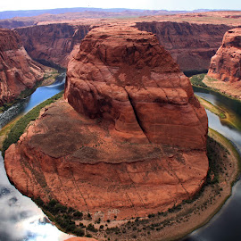 Horseshoe Bend by Kirsten Gamby - Landscapes Waterscapes