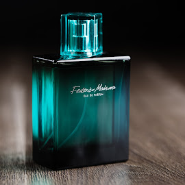 Classy scent by Grzegorz Makarski - Artistic Objects Clothing & Accessories ( classy, wood, emerald, green, dark, glass, perfume, sea, black, scent )