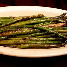 Asparagus Grilled With an Asian Touch