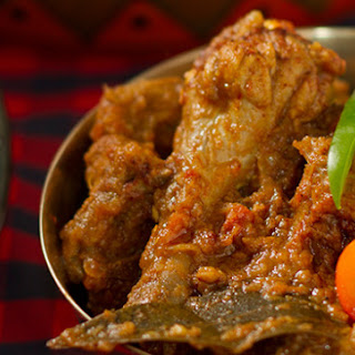 Chicken Karahi – Chicken cooked in a wok with freshly ground spices