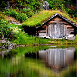 Cabin from the 17th century by Fred Øie - Buildings & Architecture Architectural Detail ( cabin, nature, century, house,  )