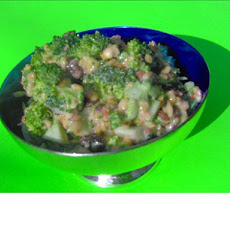 Everybody loves it Broccoli Salad
