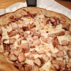Chicken barbecue pizza - Sammy's pick