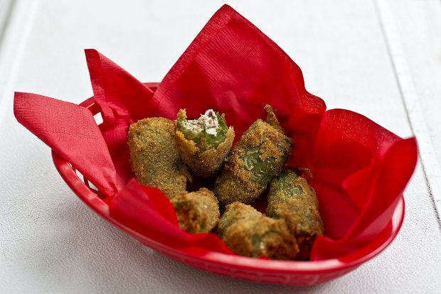 recept yummly cheese and bacon okra poppers dive into okra bacon ...