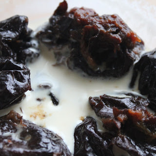 Stewed Plums with Cream
