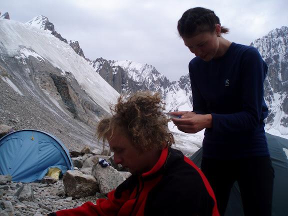 парикмахерские услуги на 4000