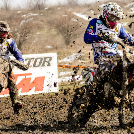 I will win it by Raluca-Suzana Buzoianu - Sports & Fitness Motorsports ( europe, competitors, track, sport, romania, enduro, dementor, race, people, riders, redbull, bucharest, mud, motocross, color, racing, moto, action, motorcycle, motorsport, competition )