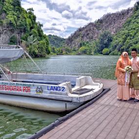 Ipoh by Iz Fotografi Art Works - Wedding Bride & Groom ( malay wedding, melayu, malay groom, malay, malay bride, malaysia, perak, ipoh )