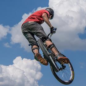 Skybiking 1.jpg