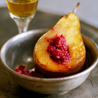 Grilled Pears with Raspberry-Grand Marnier Sauce