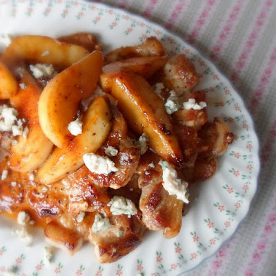 Pork Chops with Pears and Blue Cheese