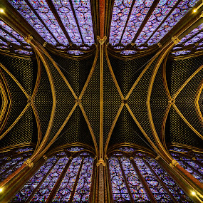 Looking Up in Sainte Chapelle by Dee Zunker - Buildings & Architecture Places of Worship ( paris, sainte-chapelle, europe, île-de-france, france, building, interior, worship )