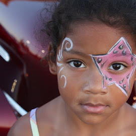 Car show girl by Spacer Conrad - Novices Only Portraits & People ( car, girl, facepaint, curls, portrait,  )