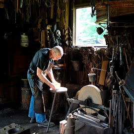 Blacksmith by David Freeman - People Street & Candids ( blacksmith, natural light, fuji x, men at work, hale farm )