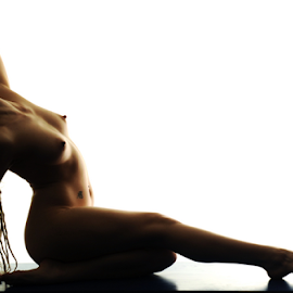 Silhouette by Vineet Johri - Nudes & Boudoir Artistic Nude ( vkumar, art nude, silhouette, lighting workshops london, elle )