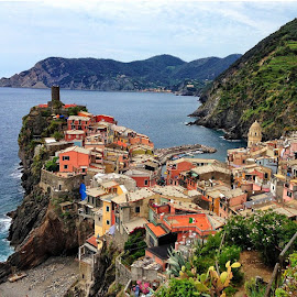 Vernazza, Italy. (Cinque Terre) by Miguel Angel Ruiz - Landscapes Travel ( vernazza, travel, italy )
