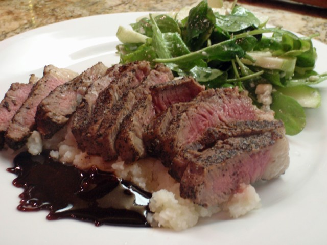 Espresso Rubbed New York Steak With Caramel Bourbon Sauce Recept ...