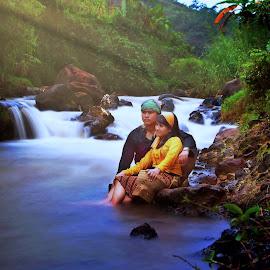 th couple in lowspeed by A Friyana Wiradikarta - Wedding Other ( prewedding, people )