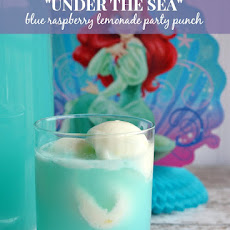 """Under the Sea"" Blue Raspberry Lemonade Sherbet Party Punch"