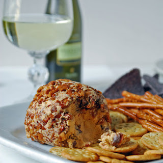 Vegan Sriracha and Lime Cheeseball