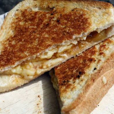 Chutney and Cheddar Toasties