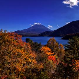 Motosuko by Nyoman Sundra - Landscapes Travel ( mountain, autumn, fuji, leaves, landscape )