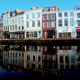 Korenbeursbrug op de Nieuwe Rijn by Pete Bobb - City,  Street & Park  Historic Districts ( leiden, reflection, 1600, blue sky, bike, facade, dutch, bridge, house, canal, panorama, bicycle,  )