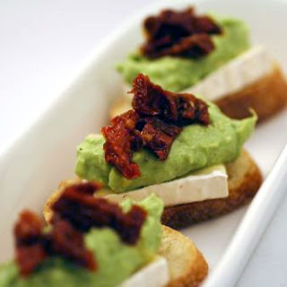 Baguette Croutes with Brie, Avocado Mousse, and Sun-Dried Tomatoes