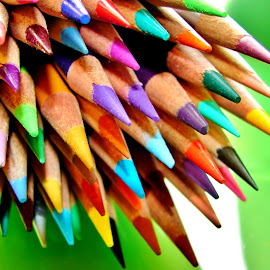 Colored Pencils by Lori Pagel - Artistic Objects Still Life ( bouquet, color pencils, wood, sharp, green, art, yellow, lavender, colored pencils, pencil, draw, point, waxy, red, color, blue, artistic, sharpen )