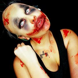 Are you afraid of the dark? by Amber Bigelow - People Body Art/Tattoos ( creepy, girl, makeup, darkbackground, halloween,  )