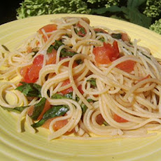 Angel Hair Pasta With Simple Garlic & Basil