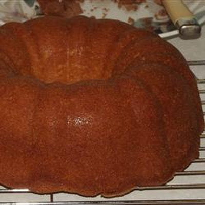 Easiest Lemony Pound Cake