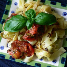 Linguini With Raw Tomatoes and Basil